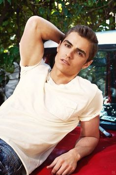 Dave Franco ....saw now you see me ....and now i'm obsessed