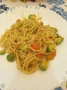 Spaguetti con aguacate