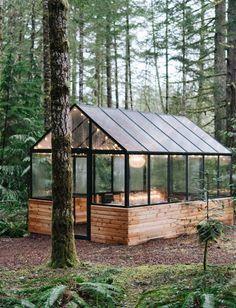 Backyard Greenhouse, Greenhouse Plans, Backyard Landscaping, Greenhouse Wedding, Greenhouse Shelves, Window Greenhouse, Homemade Greenhouse, Greenhouse Interiors, Small Greenhouse