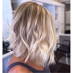 Beach blonde babe. Color by @corynneylon_hair  #hair #hairenvy #hairstyles…
