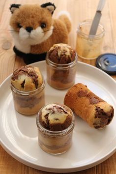 Discover recipes, home ideas, style inspiration and other ideas to try. Cheesecake Mousse Recipe, Cheesecake Recipes, Cake Filling Recipes, Easy Cake Recipes, Homemade Chocolate, Chocolate Recipes, Chocolate Mousse Cake Filling, Chocolate Pudding, Cake Chocolate