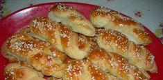 Αλμυρά κουλουράκια, σκέτη μούρλια !!!! Greek Sweets, Savoury Baking, Savoury Pies, Breakfast Time, Greek Recipes, Cooking Time, Hot Dog Buns, Appetizer Recipes, Appetizers