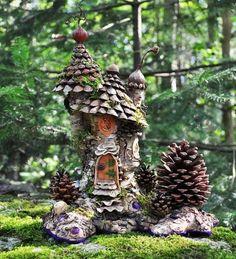Pinecone Fairy House  | followpics.co