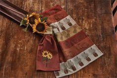 sunflower-blooms-hand-towel