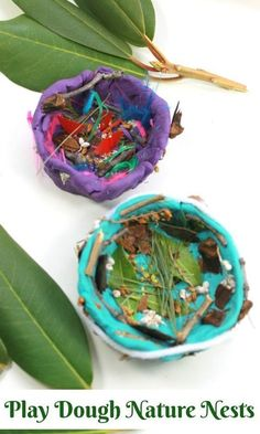 Playdough is for the Birds! – How Wee Learn These playdough nature nests are beautiful nature crafts for preschoolers. A great way to explore our natural world and get kids outside creating art. Playdough Activities, Kids Learning Activities, Nature Activities, Indoor Activities, Therapy Activities, Summer Activities, Craft Activities, Family Activities, Toddler Crafts