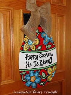 ideas wooden door hangers ideas cut outs easter eggs Easter Projects, Easter Crafts, Holiday Crafts, Easter Decor, Easter Ideas, Kids Crafts, Wood Crafts, Holiday Ideas, Craft Projects