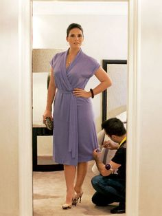 Платье - выкройка № 139 из журнала 2/2011 Burda – выкройки платьев на Burdastyle.ru