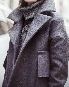 When it feels like 10 outside, it's time for cashmere, cashmere and cashmere #whateverywomanneeds #winterstyle #babyitscoldoutside #cashmere #keepwarm