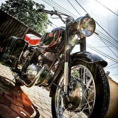 #pannonia #motorbike Old Motorcycles, Vespa, Old And New, Motorbikes, Harley Davidson, Vehicles, Modern, Motorcycles, Antique Cars