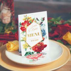 Menu weselne zdobywa coraz większą popularność - przydatny dodatek pozwoli Waszym gościom poznać pyszności serwowane na Waszym weselu. Pięknie dopasowane do pozostałych dekoracji z Kolekcji Flora będzie doskonałym uzupełnieniem całej aranżacji! #menuwesele #kolekcjaslubna #kolekcjaflora #wesele #slub Flora, Place Cards, Menu, Place Card Holders, Table Decorations, Retro, Menu Board Design, Neo Traditional, Rustic