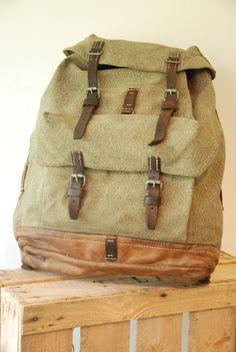 Swiss Army Backpack  Rucksack Salt and door FlapaWheelyVintage