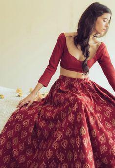 red batik printed cotton lehenga with full sleeves and scoop deep necklines, crop top, bridesmaid brides best friend, lightweight lehenga for dinner
