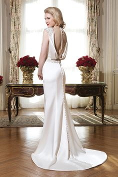 70+ Wedding Gowns That Are Even More Beautiful from the Back 555bbe8c0c