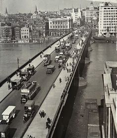 London Bridge 1930.