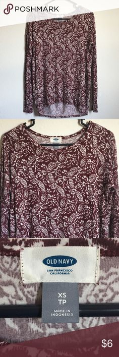Old Navy Ladies Size XS true size is more like S/M EUC worn 2x Old Navy Tops Blouses