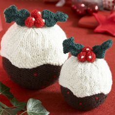 Knitted christmas on Pinterest Knitted Christmas Decorations, Christmas Pud...