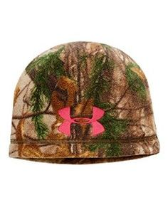 902fce9aa50 Amazon.com  Under Armour Womens UA ColdGear Infrared Scent Control Camo  Beanie One Size Fits All REALTREE AP-XTRA  Sports   Outdoors