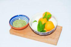 sommerlicher Melonen-Mozzarella Salat, super lecker und einfach zuzubereiten!!! Mozzarella Salat, Kraut, Super, Design, Lunch Bags, Summer Time, Vegetarian Recipes, Cooking
