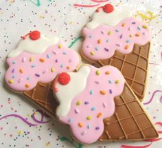 Ice cream shaped cookies