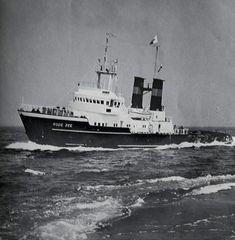 Smit Zeesleper de Rode Zee 1965 Offshore Boats, Tugboats, Sail Boats, Deep Sea, Dutch, Sailing, Spanish, Coast, Ships