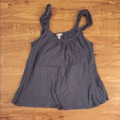 Ruffled strap tank top Great for layering or summer! In good condition Old Navy Tops Tank Tops