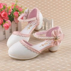Zapatos de Niña 2017 Toddler Shoes, Kid Shoes, Cute Shoes, Girls Shoes, Me Too Shoes, Little Girl Shoes, Baby Girl Shoes, Victoria Shoes, Lolita Shoes