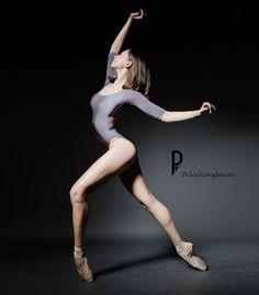 Zoe Roberts - Photographer Dean Barucija - PickledThoughts