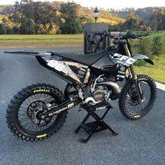 New dirt bike yamaha motocross Ideas Ktm Dirt Bikes, Cool Dirt Bikes, Dirt Bike Gear, Mx Bikes, Motorcycle Dirt Bike, Moto Bike, Dirt Biking, Motorcycle Quotes, 125cc Dirt Bike