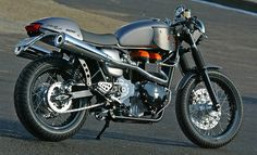Triumph Flashback900 - Pipeburn - Purveyors of Classic Motorcycles, Cafe Racers & Custom motorbikes