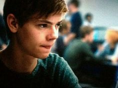 I THINK THOMAS SANGSTER IS REAALLY CUTE!!