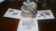 Explosion box with wedding cake