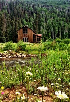 Rocky Mountain rustic with this Candelaria Design home in Colorado.  www.candelariadesign.com
