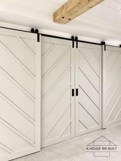 How to Build Bypass Barn Doors Barn Door Closet, Sliding Closet Doors, Diy Barn Door, Diy Door, Barn Door Hardware, Door Dividers, Bypass Barn Door, Woodland House, Barn Door Designs