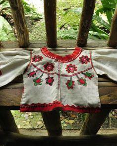 Sinumrahang Puti-Panay Bukidnon Panubok Embroidery-Bahay ng Gawad sa Manlilikha ng Bayan, Brgy. Garangan, Calinog, Iloilo