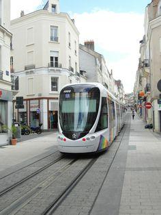 Tranvia,  Angers, Francia.
