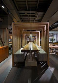 El elemento del nuevo este Este-Porto restaurante panasiático en Kiev / Interiores: estudio de diseño YOD