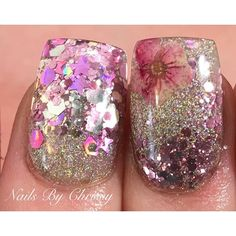 Love this but with coffin shape ♡ Fancy Nails, Bling Nails, Cute Nails, Toe Nail Designs, Acrylic Nail Designs, Acrylic Nails, Fabulous Nails, Gorgeous Nails, Encapsulated Nails