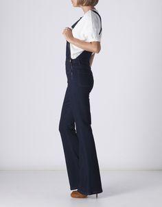 Hasta el 8 de noviembre podremos disfrutar de un 30% de descuento en prendas seleccionadas de Suiteblanco. ¡Corre que vuelan!  #Modalia | http://www.modalia.es/marcas/suiteblanco/9158-descuento-prendas-seleccionadas.html  #promocion #suiteblanco #descuentos