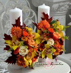 Lumanari cununie de toamna Mom Fashion, Mom Style, Pillar Candles, Fall Wedding, Gardening, Wreaths, Autumn, Table Decorations, Weddings