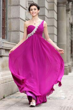 Robe longue violette de soirée à une épaule ornée de franges Cliquez pour l'acheter : http://www.persun.fr/robe-longue-violette-de-soiree-a-une-epaule-ornee-de-franges-p-5634.html
