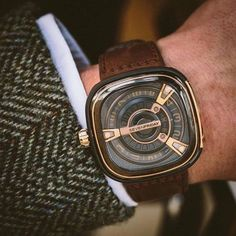 News Chronollection's Awards : TOP 10 Watches Of May