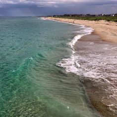Crystal clear blue waters in Duck, NC. #ducknc #obx #outerbankssoul #visitnc