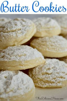 Large Batch Butter Cookies Greek Butter Cookies are a traditional cookie often served at Greek holidays and wedding. Similar to a shortbread, you are going to love this large batch recipe for butter cookies. Apple Recipes, Baking Recipes, Holiday Recipes, Cookie Recipes, Easter Recipes, Cookie Ideas, Recipes Dinner, Christmas Recipes, Greek Desserts