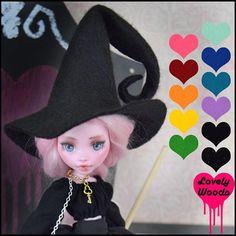 BRATZ doll clothes Fashion Pack Brown e rosa con plateau 2015