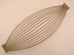 Brass basket design Carl Auböck II, 1955 Werkstätte Carl Auböck, Wien, Austria Vintage Metal, Hand Fan, Austria, Designer, Basket, Home Appliances, Brass, Architecture, Furniture