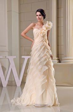 Romantic Church A-line Organza Brush Train Tiered Bridal Gowns