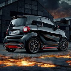 It's hot! The limited smart BRABUS edition urbanlava. @smart_worldwide #smart #urbanlava #limited #black #brabus
