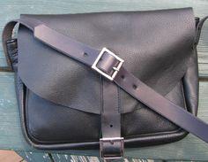 Black+Leather+Shoulder+Bag