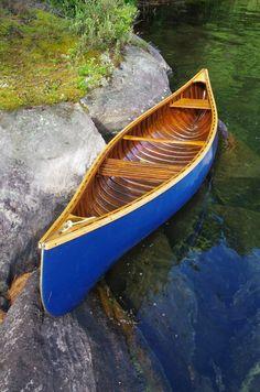 12' Chestnut Trapper Wood Canoe, Canoe Boat, Canoe Camping, Kayak Boats, Canoe And Kayak, Canoe Trip, Outrigger Canoe, Kayaking, Canoeing