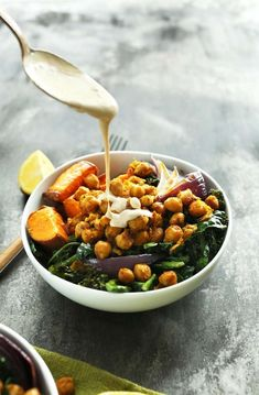 Sweet Potato Chickpea Buddha Bowls / Recipe - January 02 2019 at - and Inspiration - Plant-based - Vegan Recipes And Delicious Nutritious Meals - Vegetarian Weighloss Motivation - Healthy Lifestyle Choices Baker Recipes, Cooking Recipes, Plats Healthy, Clean Eating, Healthy Eating, Vegetarian Recipes, Healthy Recipes, Chickpea Recipes, Kale Salad Recipes